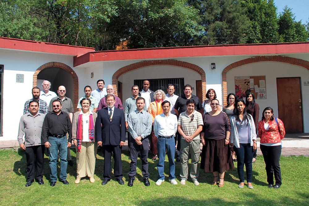 FIGURE 1. Attendees at the Workshop on the Use of Open- Source Software and Satellite Data in the Prevention of, and Response to, Disasters in Mesoamerica, in Tonantzintla, Mexico, May 2014.
